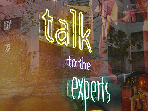 image-of-talk-to-the-experts-from-mai-le